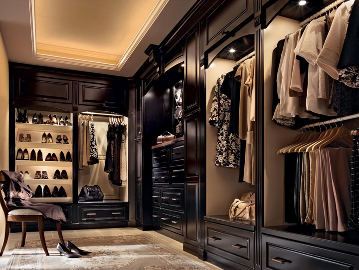 1000 images about closet design on pinterest walk in closet bedrooms and drawers for Bedroom walk in closet designs